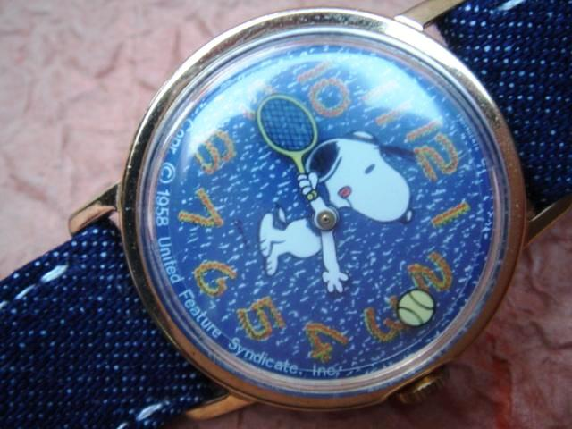 Snoopy tennis mystery dial timex 1958 for Snoopy watches